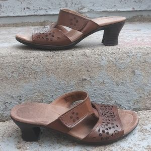 Thom mcan leather heel sandals. Size 8